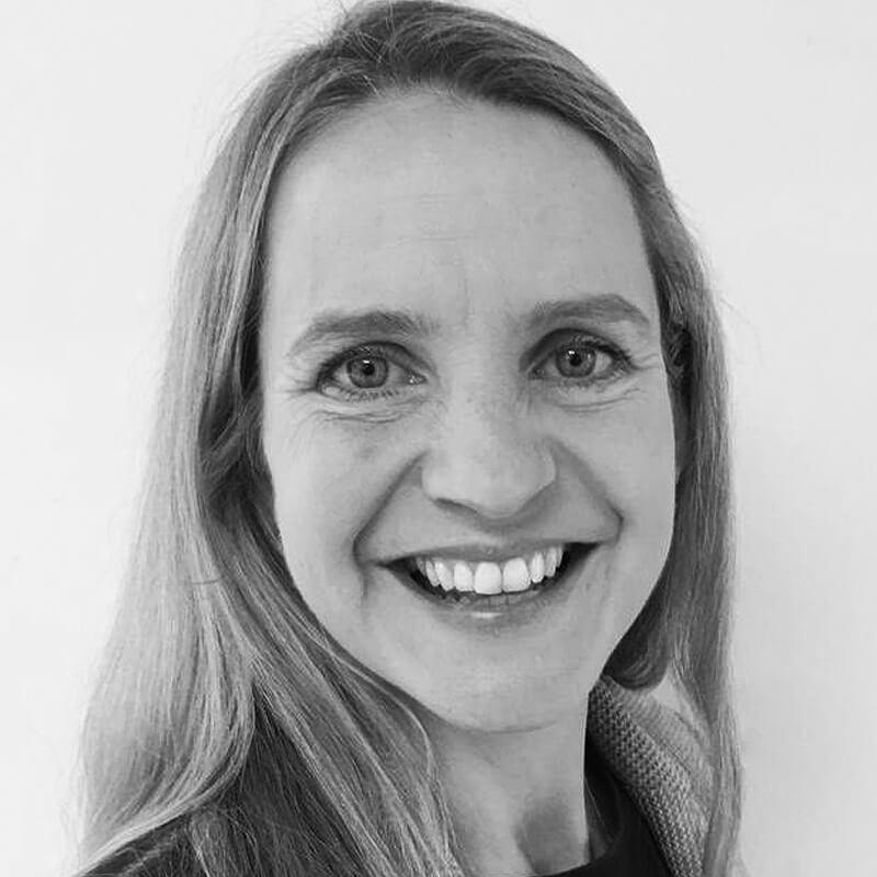 Large portrait photo of Claudia Vincenzi
